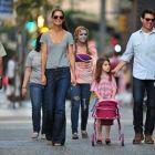 Divortul anului s-a oficializat. Ce suma trebuie sa-i dea Tom Cruise fostei sotii pentru cresterea copilului lor