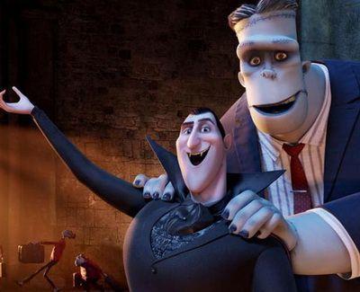 Dracula a cucerit box-office-ul american: ce record a stabilit Hotel Transylvania, animatia cu Selena Gomez si Adam Sandler