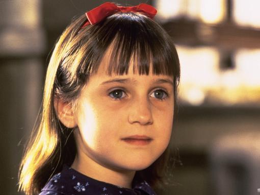 Iti mai aduci aminte de micuta Matilda? Ce s-a intamplat cu actrita care acum 20 ani uimea pe toata lumea si juca alaturi de Danny DeVito