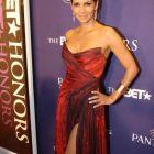Halle Berry: premiata la Gala BET Honors. Cum arata actrita in noul ei film, The Call