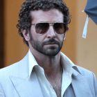 Bradley Cooper: actorul si-a schimbat look-ul pentru noul sau film, in care joaca alaturi de Christian Bale si Jennifer Lawrence
