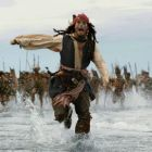 Johnny Depp a dezvaluit ca i-a  provocat  pe producatorii seriei Piratii din Caraibe sa-l concedieze, cum a fost la un pas sa piarda rolul care l-a facut star mondial