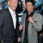 Sylvester Stallone il ataca pe Bruce Willis, dupa ce starul a cerut 1 milion de dolari pe zi pentru filmarile la The Expendables 3: Este lenes si lacom