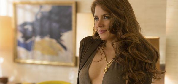 Amy Adams, de la o chelnerita sexy la un star de cinema: actrita care se transforma in orice fel de personaj. Care a fost cea mai dificila scena pe care a filmat-o timp de 16 ore in American Hustle
