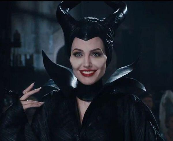 O sa va prezentam o lume pe care nu ati mai vazut-o . Ce declaratii au facut Angelina Jolie si Elle Fanning, despre Maleficent, cel mai curajos proiect Disney din ultimii ani