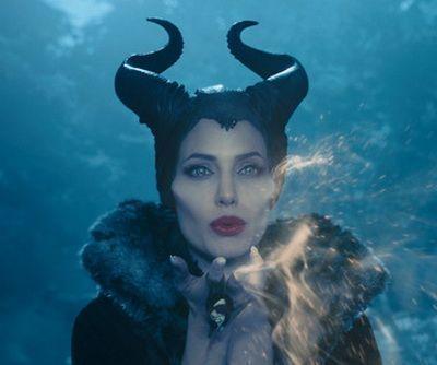 Angelina Jolie face vraji in box-office: Maleficent a facut incasari spectaculoase si este filmul cu cel mai bun debut din cariera actritei