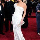 Milla Jovovich este insarcinata cu al doilea copil. Ce se va intampla cu filmarile de la Resident Evil: The Final Chapter