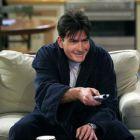 Charlie Sheen vrea sa revina in Two and a Half Men, in sezonul care incheie unul dintre cele mai longevive seriale din istorie:  Ma simt dator fata de fani