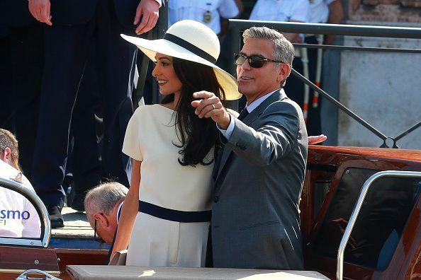 George Clooney s-a casatorit civil, luni, la Venetia: cum arata sotia lui, in rochia de mireasa