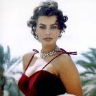 Sophia Loren, considerata cea mai naturala frumusete din lume, dezvaluie, la 80 de ani, presiunile care s-au facut asupra ei:  Mi s-a spus sa imi modific corpul