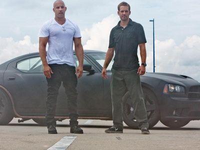 Vin Diesel si  familia  au distrus 230 de masini in Fast and Furious 7: care sunt marcile cel mai des folosite in franciza