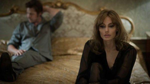 Filmul  By The Sea , regizat  de Angelina Jolie, in care joaca alaturi de Brad Pitt, va deschide Festivalului Institutului American de Film din acest an