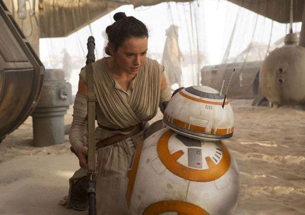 Ea va fi noua Lara Croft: Daisy Ridley, actrita din Star Wars, favorita sa preia rolul Angelinei Jolie in noul film Tomb Raider. Cum le-a raspuns fanilor care au criticat-o pentru cum arata