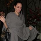 Angelina Jolie nu cantareste mai mult de 35 de kg.  Fanii s-au ingrijorat dupa cea mai recenta aparitie a actritei.FOTO