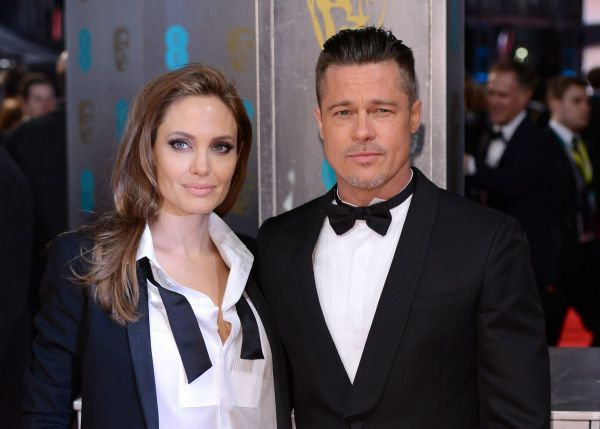 Gestul pe care l-a facut Angelina Jolie, la cateva zile dupa divort.  Brad Pitt este un om devastat, e complet zdruncinat