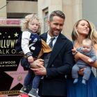 Ryan Reynolds a primit o stea pe Walk of Fame. Actorul i-a multumit sotiei sale, Blake Lively:  Esti cel bun lucru care mi s-a intamplat