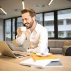 (P) 7 motive să îți bei cafeaua la birou