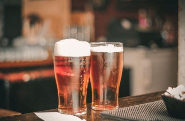 (P) Curiozități despre bere: Tipuri, ingrediente și alte mituri din popor
