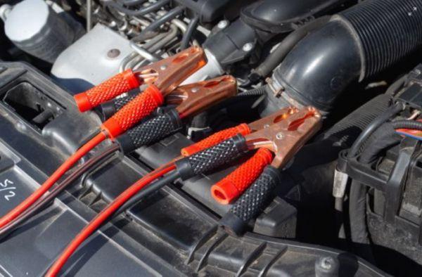 (P) Nu îți mai pornește motorul? Comandă online baterii auto de la AutoEco