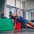 (P) Ce cuprinde echipamentul de fitness pentru femei?