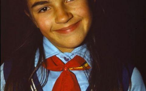 Anca Nastasi: In scoala generala eram exploatati la muncile campului, la scos cartofi sau smuls buruieni
