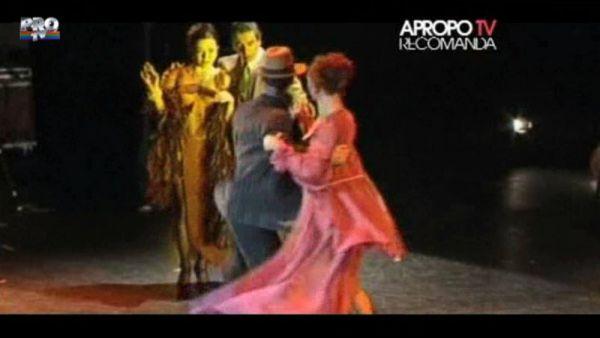 Apropo TV Recomanda: Tango in red major