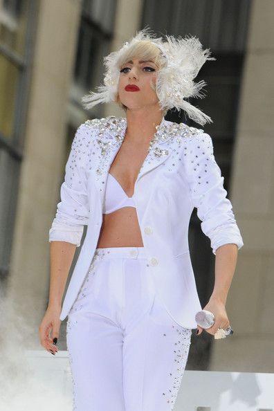 Lady Gaga le-a scos din sarite pe Naomi Campbell si Kate Moss! FOTO