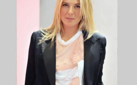 Maria Sharapova si tricoul ei original