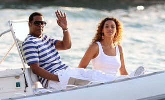 Beyonce - cadou de ziua ei de la Jay-Z: un yacht de patru milioane de dolari