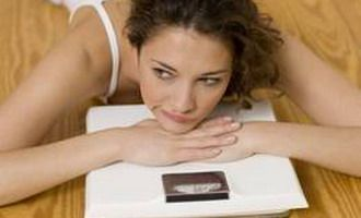 Femeile subponderale pot avea mai multe probleme la menopauza VIDEO!