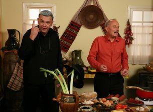 Mircea Dinescu a gatit la  Serviciul Roman de Comedie