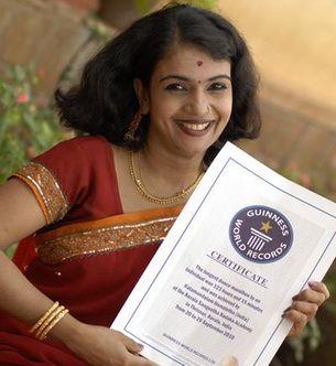 Un nou record mondial: o indianca a dansat 123 de ore fara oprire! FOTO VIDEO