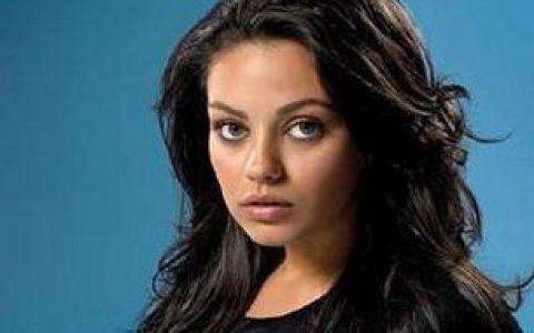 Mila Kunis isi dezvaluie secretul:  Am fost oarba la un ochi si nimeni nu a stiut!