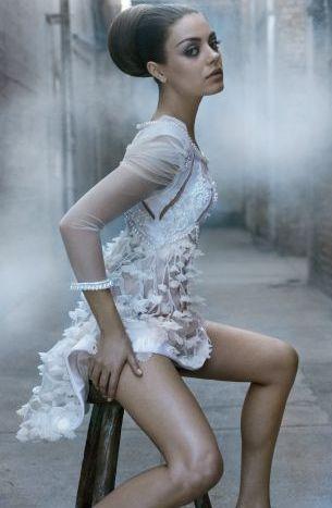 Mila Kunis - fermecatoare, frumoasa si sexy! FOTO