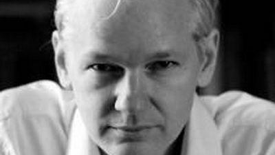 Julian Assange, fondatorul Wikileaks: Facebook este o masina de spionat