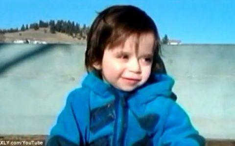 Un baietel cu cancer la creier, vindecat dupa ce tatal lui i-a dat pe ascuns marijuana medicala