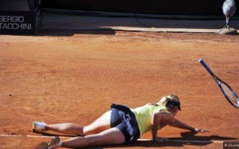 FOTO: Sharapova a plonjat pentru finala! IMAGINI HOT care au facut deliciul semifinalelor de la Roma!