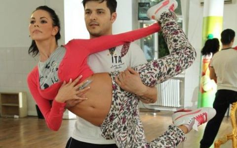 Liviu Varciu a dansat cu iubita lui pentru Marius Cosofret, baiatul care imita animale la  Romanii autalent ! FOTO