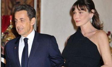 Carla Bruni - de la model topless, la sotie de presedinte: fiica a doi tati milionari si sora unui frate care a murit de SIDA!