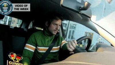 Recordul pentru parcarea la milimetru! Vezi VIDEO cu momentul!