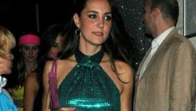 Kate Middleton, criticata pentru stilul ei: Are imaginea unei femei obisnuite! Vezi ce designer o critica: