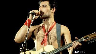 Freddie Mercury, sarbatorit de Google cu un logo spectaculos