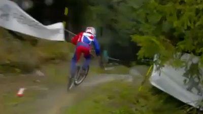 Danny Hart, cel mai tare biker din lume. Vezi o adevarata demonstratie de maiestrie!