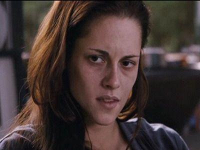 Kristen Stewart, in pragul mortii in ultimul trailer pentru Twilight Breaking Dawn! Imaginile cu care si-a impresionat fanii