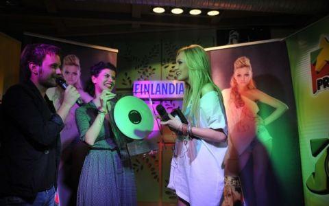 Alexandra Stan si-a lansat primul album din cariera:  Saxobeats