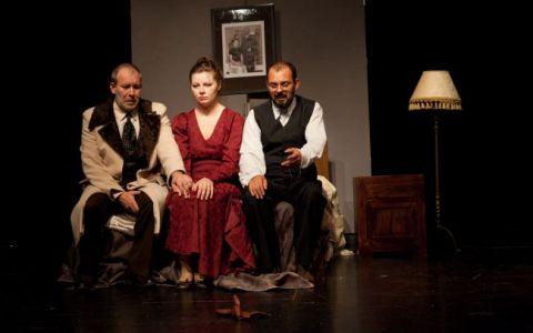 Florin Busuioc revine pe scena teatrului dupa 11 ani