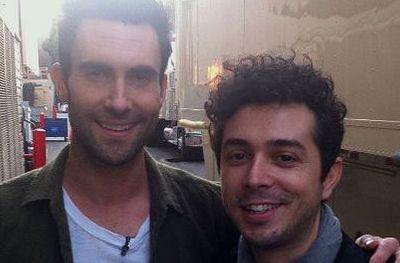 Marius Moga a compus pentru Maroon 5:  Adam Levine mi-a spus ca piesa ii place foarte mult  VIDEO