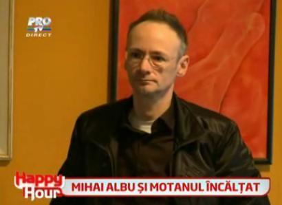 VIDEO. Uite cum reactioneaza designerul Mihai Albu cand o clienta ii cere bani cu imprumut, din senin: