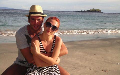 Vezi cele mai dorite poze cu Adela Popescu si Radu Valcan!