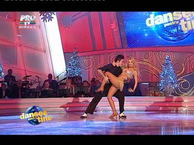 Andreea Balan a revenit la Dansez pentru tine, la fel de sexy si provocatoare!